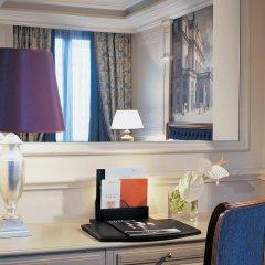 Hotel Principe Di Savoia в номере