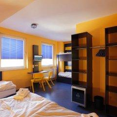Отель Bedn Budget Cityhostel Hannover сейф в номере