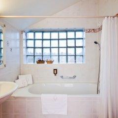 Отель Hôtel des Horlogers Швейцария, План-лез-Уат - 1 отзыв об отеле, цены и фото номеров - забронировать отель Hôtel des Horlogers онлайн ванная фото 2