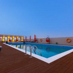 Отель Occidential Dubai Production City бассейн фото 3