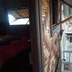 Отель Ko Lanta Relax Beach Bungalows Ланта балкон