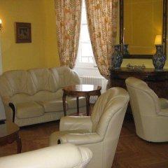 Отель Le Blason Франция, Ницца - отзывы, цены и фото номеров - забронировать отель Le Blason онлайн комната для гостей фото 3