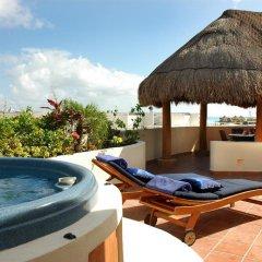 Отель Porto Playa Condo Hotel & Beachclub Мексика, Плая-дель-Кармен - отзывы, цены и фото номеров - забронировать отель Porto Playa Condo Hotel & Beachclub онлайн бассейн