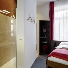 Boutique Hotel Donauwalzer сейф в номере