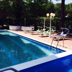 Отель Miami Hotel Италия, Риччоне - отзывы, цены и фото номеров - забронировать отель Miami Hotel онлайн бассейн