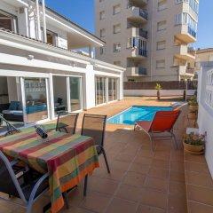 Отель Agi las Acacias Испания, Курорт Росес - отзывы, цены и фото номеров - забронировать отель Agi las Acacias онлайн балкон