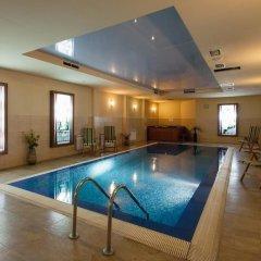 Отель Панорама Болгария, Велико Тырново - отзывы, цены и фото номеров - забронировать отель Панорама онлайн бассейн