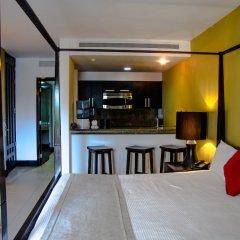 Отель Aldea Thai by Ocean Front Плая-дель-Кармен гостиничный бар