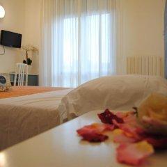 Hotel Pigalle Риччоне комната для гостей фото 2