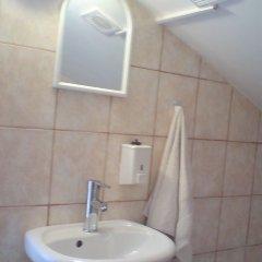 Отель Sofia Guesthouse Болгария, София - отзывы, цены и фото номеров - забронировать отель Sofia Guesthouse онлайн ванная