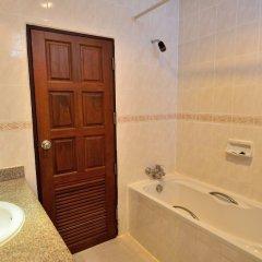Отель First Bungalow Beach Resort ванная фото 4