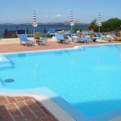 Отель Grand Hotel Smeraldo Beach Италия, Байя-Сардиния - 1 отзыв об отеле, цены и фото номеров - забронировать отель Grand Hotel Smeraldo Beach онлайн бассейн фото 2