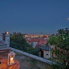 Апартаменты Royal View Apartments Прага балкон
