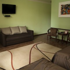 Отель Hin Yerevantsi комната для гостей фото 20