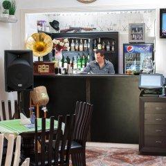 Гостиница Astoria Hotel Украина, Днепр - отзывы, цены и фото номеров - забронировать гостиницу Astoria Hotel онлайн гостиничный бар