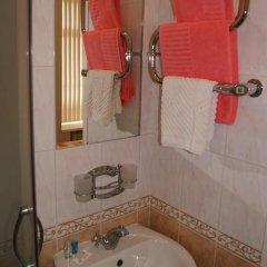 Отель Меблированные комнаты Аничков мост Санкт-Петербург ванная фото 2