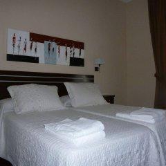 Отель Hostal Mayor Испания, Мадрид - отзывы, цены и фото номеров - забронировать отель Hostal Mayor онлайн комната для гостей фото 2