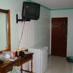 Отель Caribic House Hotel Ямайка, Монтего-Бей - отзывы, цены и фото номеров - забронировать отель Caribic House Hotel онлайн удобства в номере