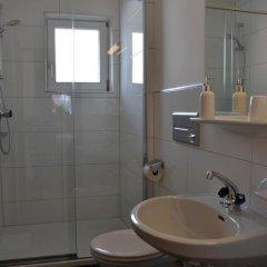 Отель Gästehaus Falkner Dorli ванная фото 2