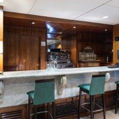 Отель Catalonia Roma гостиничный бар