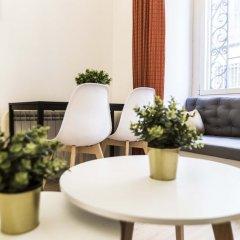Отель Apartamento Reina Sofía II Испания, Мадрид - отзывы, цены и фото номеров - забронировать отель Apartamento Reina Sofía II онлайн комната для гостей фото 4