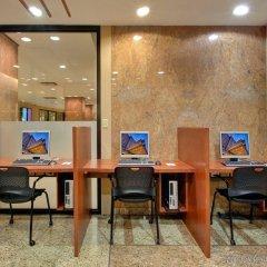 Отель Crowne Plaza Toronto Airport Канада, Торонто - отзывы, цены и фото номеров - забронировать отель Crowne Plaza Toronto Airport онлайн интерьер отеля