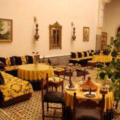 Отель Riad Lalla Zoubida Марокко, Фес - отзывы, цены и фото номеров - забронировать отель Riad Lalla Zoubida онлайн питание фото 2