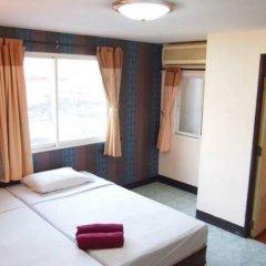 Отель Four Sons Place Таиланд, Бангкок - отзывы, цены и фото номеров - забронировать отель Four Sons Place онлайн комната для гостей фото 2