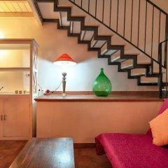 Отель Dimora dei Baroni Лечче гостиничный бар