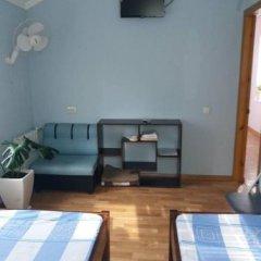 Мини-гостиница в центре Бердянска комната для гостей фото 4