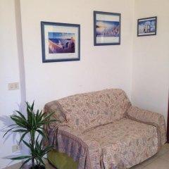 Отель Casa Vacanze Maria Grazia Рокка-ди-Папа комната для гостей