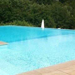 Отель La Foresteria Canavese Country Club Италия, Шампорше - отзывы, цены и фото номеров - забронировать отель La Foresteria Canavese Country Club онлайн бассейн