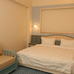 Гостиница Грюнхоф в Шерегеше 1 отзыв об отеле, цены и фото номеров - забронировать гостиницу Грюнхоф онлайн Шерегеш комната для гостей