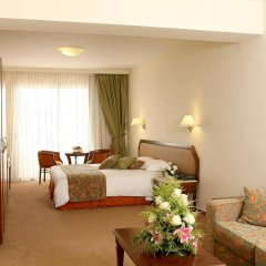 Aquamare Beach Hotel & Spa комната для гостей фото 2