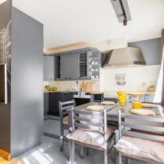 Апартаменты Little Italy Apartment 140m2 в номере