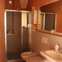 Отель La Casina di Elena Италия, Сан-Джиминьяно - отзывы, цены и фото номеров - забронировать отель La Casina di Elena онлайн ванная фото 2