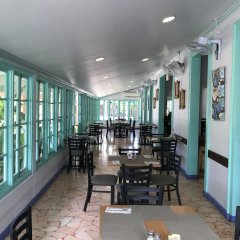 Отель Tobys Resort питание