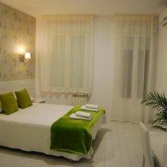 Отель Hostal Atelier Испания, Мадрид - отзывы, цены и фото номеров - забронировать отель Hostal Atelier онлайн комната для гостей фото 3