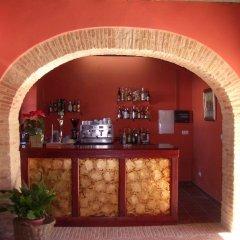 Отель Hacienda Los Jinetes гостиничный бар