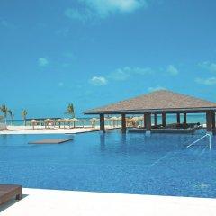 Отель Royalton White Sands All Inclusive Ямайка, Дискавери-Бей - отзывы, цены и фото номеров - забронировать отель Royalton White Sands All Inclusive онлайн бассейн фото 2