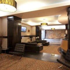 Отель Carmana Plaza Канада, Ванкувер - отзывы, цены и фото номеров - забронировать отель Carmana Plaza онлайн интерьер отеля фото 2