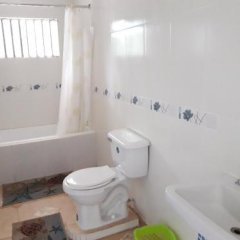 Отель Golden Sands Guest House Треже-Бич ванная фото 2