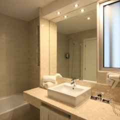 Отель Lisbon City Apartments & Suites Португалия, Лиссабон - отзывы, цены и фото номеров - забронировать отель Lisbon City Apartments & Suites онлайн ванная фото 2