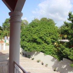 Отель Ricksdale Court балкон