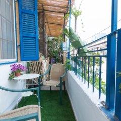 Отель Gorgeous Apt in Neve Tzedek with Parking Тель-Авив балкон