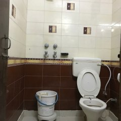 Hotel Star Palace Paharganj in New Delhi, India from 19$, photos, reviews - zenhotels.com bathroom