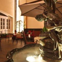 Отель Leonardo Prague Чехия, Прага - 12 отзывов об отеле, цены и фото номеров - забронировать отель Leonardo Prague онлайн интерьер отеля фото 2