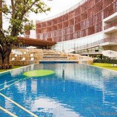 Отель Holiday Inn Tuxpan бассейн