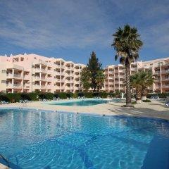 Отель Turim Estrela do Vau Hotel Португалия, Портимао - отзывы, цены и фото номеров - забронировать отель Turim Estrela do Vau Hotel онлайн бассейн фото 2