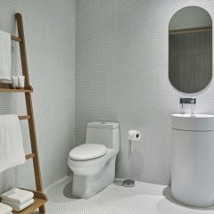 Отель SLS LUX Brickell ванная